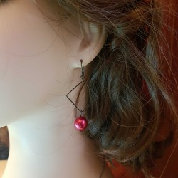 Bijoux fantaisies fait main | boucles d'oreilles fantaisies colorés | Boucles d'oreilles en bronze carré rouge