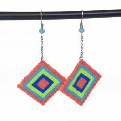 Boucles d'oreilles en perles hama | Bijoux fantaisies faits main lyon | Boucles d'oreilles rose et bleu