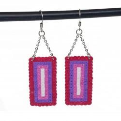 Boucles d'oreilles en perles hama | Bijoux fantaisies faits main lyon | Boucles d'oreilles rose et violet
