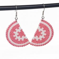 Boucles d'oreilles en perles hama | Bijoux fantaisies faits main lyon | Boucles d'oreilles roses et blanches
